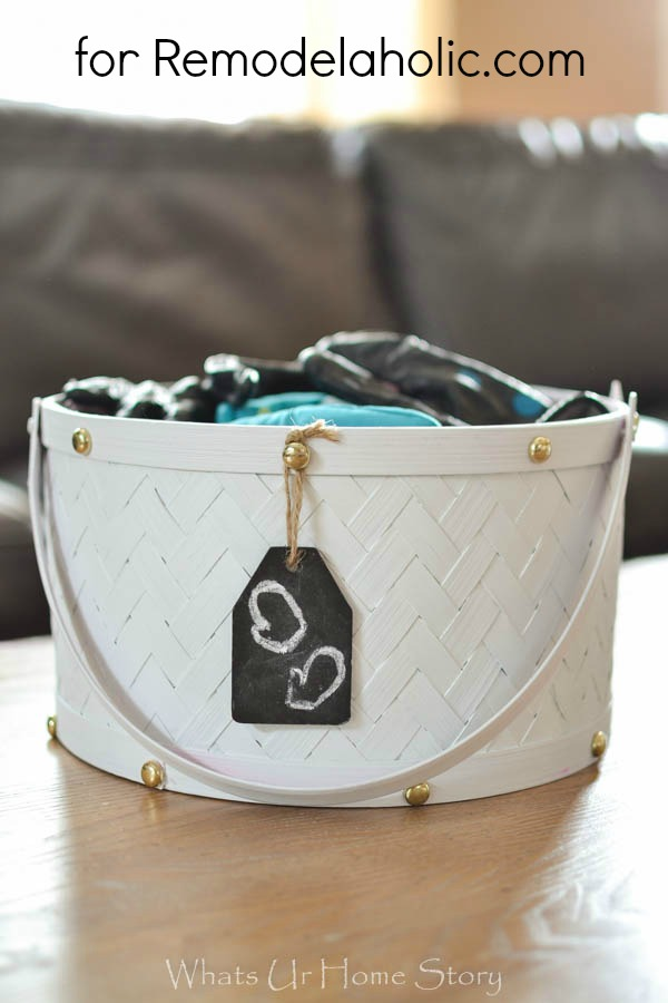 painted storage baskets diy @Remodelaholic