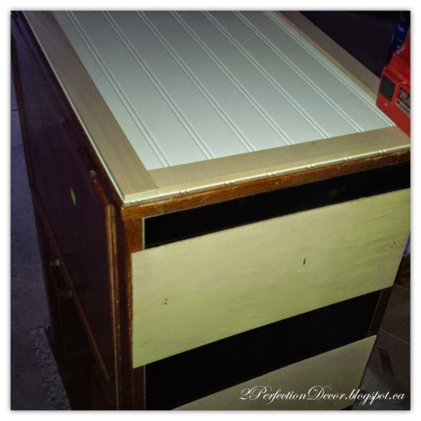 Building a plank top for a kitchen island by 2Perfection Decor featured on @Remodelaholic