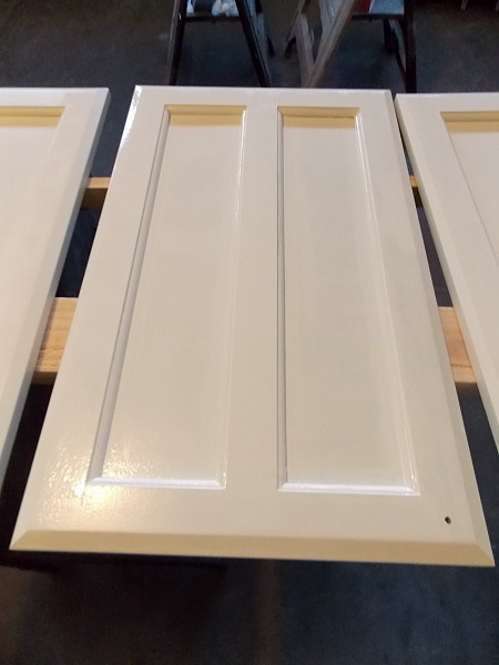 Incroyable Painting Cabinet Door Tutorial By The Palette Muse Featured On Remodelaholic