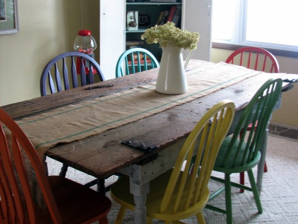 barn-door-kitchen-table-remodelaholic