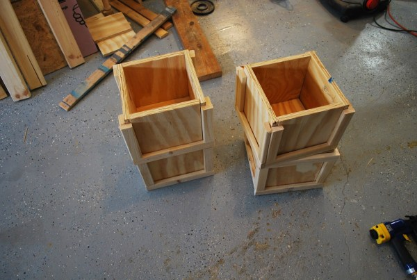 Building Block Base for Playtable by ToolBox Divas for Remodelaholic