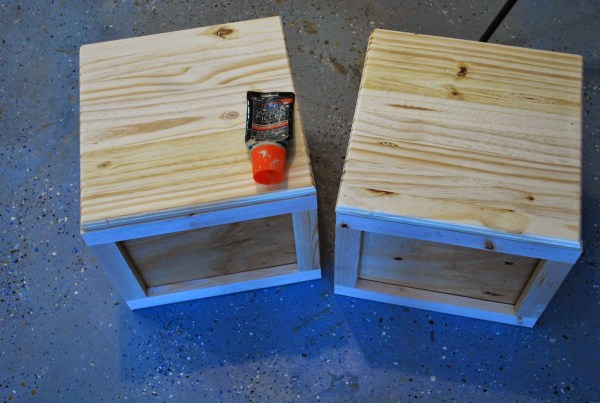 Creating Building Block Playtable with Seats by ToolBox Divas for Remodelaholic