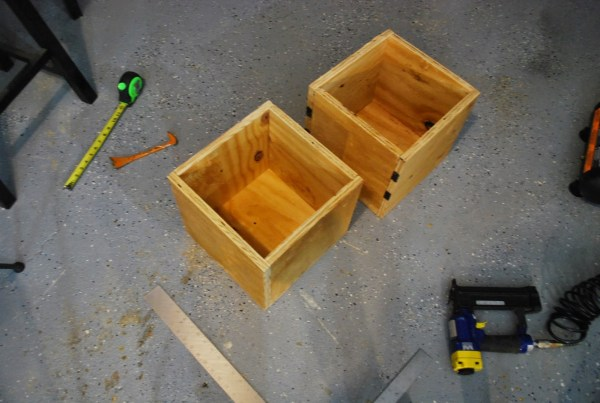 DIY Seats with Storage for Playtable by ToolBox Divas for Remodelaholic