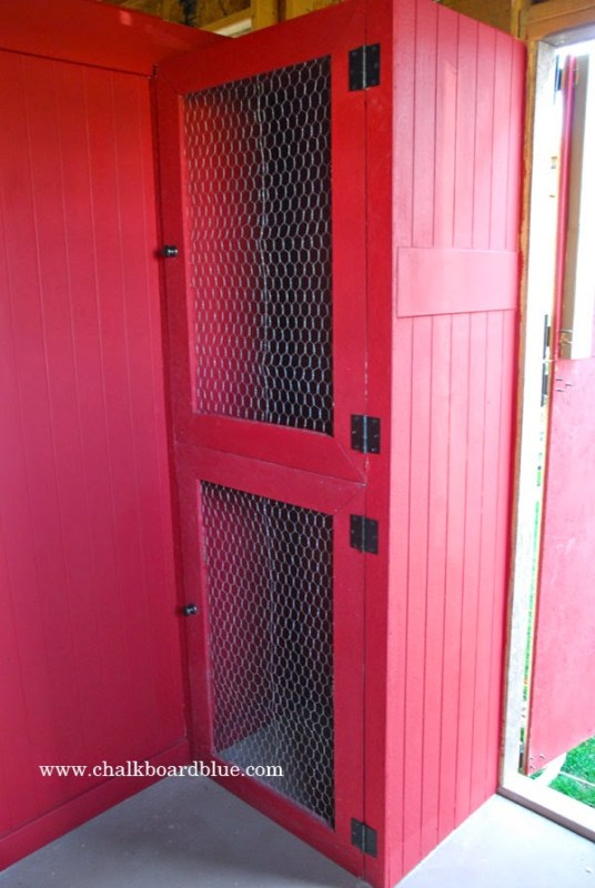 DIY Storage Shed with Chicken Run by Chalkboardblue featured on Remodelaholic