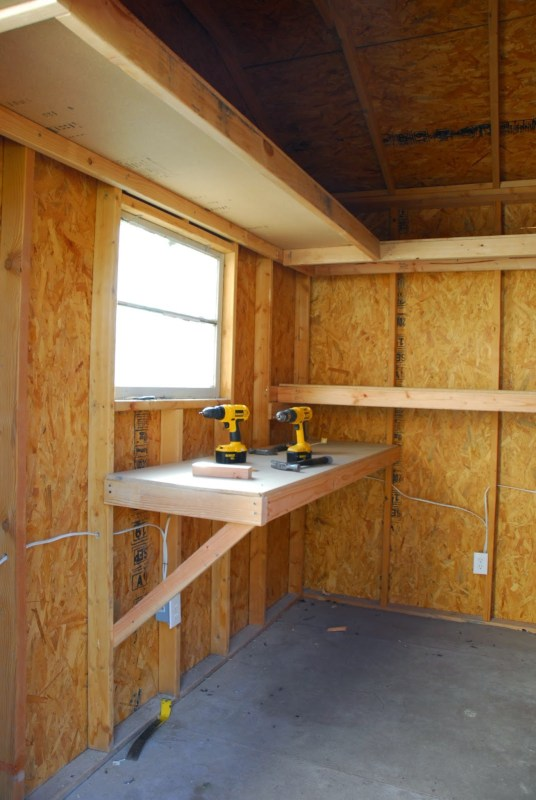 Storage Shed and Chicken Coop Tutorial by Chalkboardblue featured on Remodelaholic