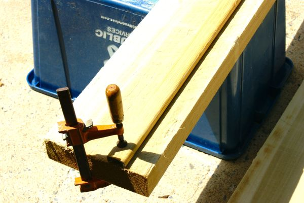 "use a wood ""fence"" guide to cut a straight line with a circular saw, no table saw required"