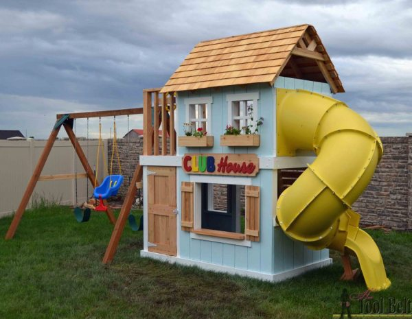 build an awesome kids clubhouse with slide, Her Toolbelt