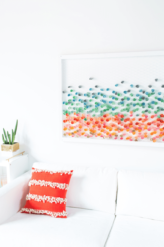 diy paper and chicken wire wall art (Sugar and Cloth)