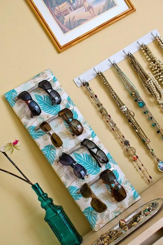diy sunglasses and jewelry organizer (lisadenoia)