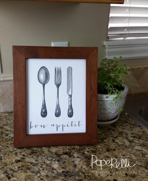 "The kitchen is the heart of the home, so add a little French charm with this free printable ""bon appetit"" print. Great for a gallery wall or housewarming gift."