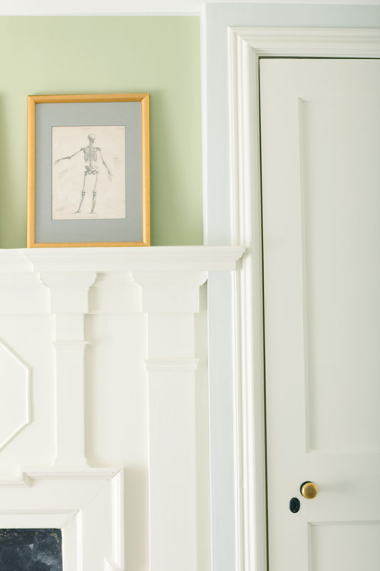 paint colors for living room with dark wood trim designer table lamps remodelaholic | benjamin moore 2015 color of the ...