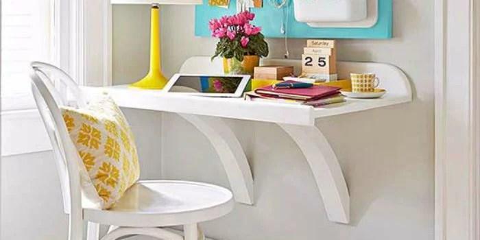 Simple DIY Wall Desk