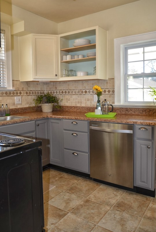 Remodelaholic diy refinished and painted cabinet reviews for Rona kitchen cabinets reviews