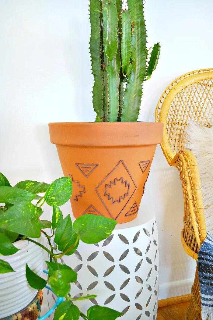 Dress up a cheap terracotta pot for a custom boho chic look