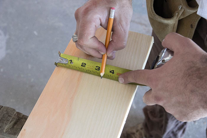 How to measure and cut window trim featured on Remodelaholic.com