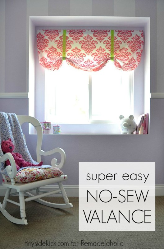 This extremely easy no sew window valance comes together in just 20 minutes thanks to a brilliantly simple starting point: an inexpensive crib sheet. Get the full tutorial here!