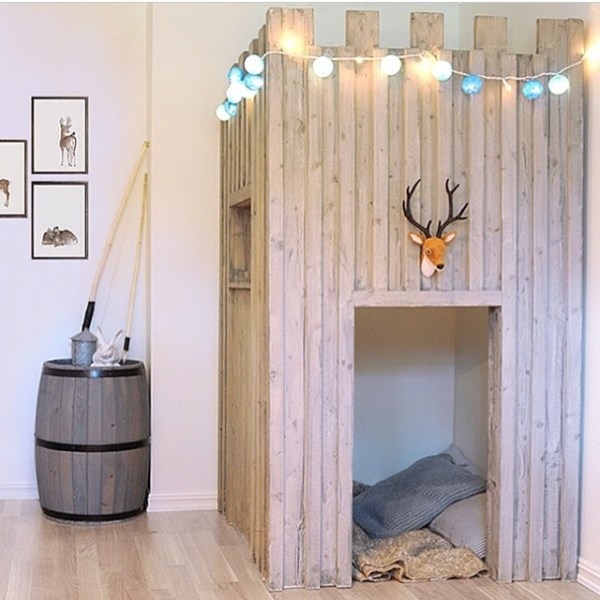 kids castle fort bed nook playhouse reading corner via bestkiddos