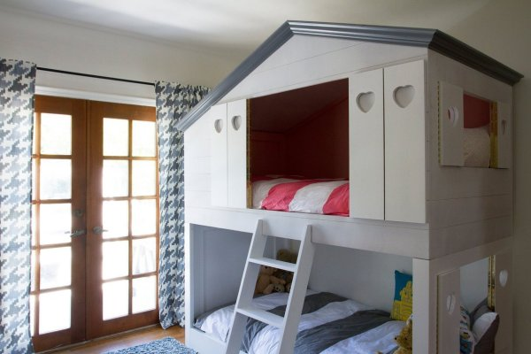 kids house bunkbed via Apartment Therapy