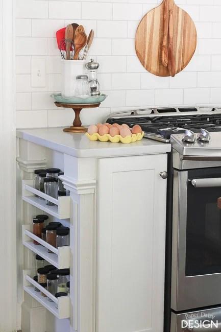 Modern Kitchen Utensil Holder