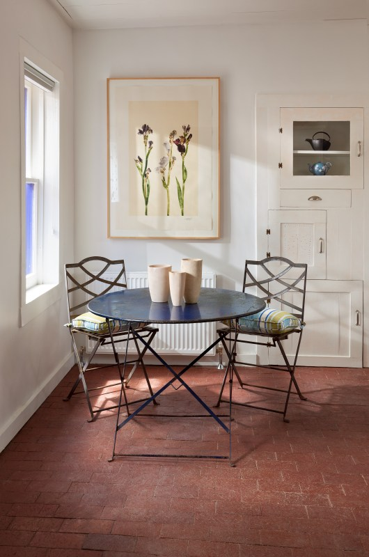 a perfect breakfast corner nook | by Violante & Rochford Interiors, photo credit © Wendy McEahern