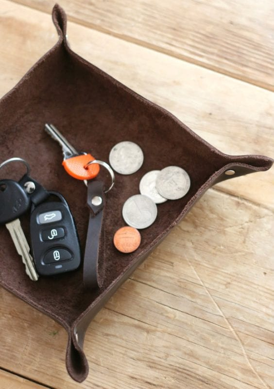 diy leather catch-all tray via eHow