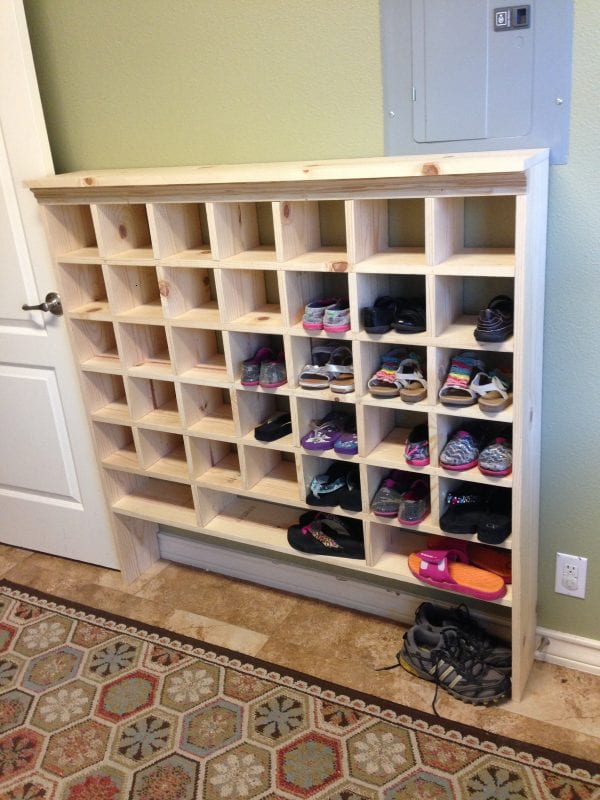 how to build a vintage style mail sorter to organize shoes @Remodelaholic