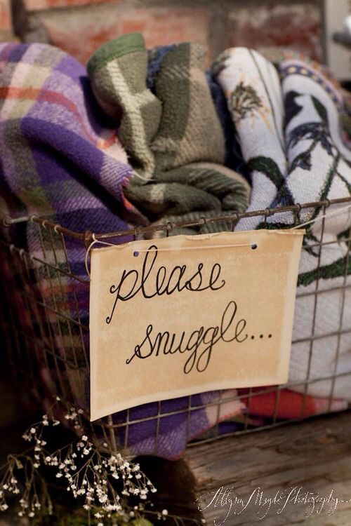 This is the cutest basket label EVER. Snuggle all winter long!