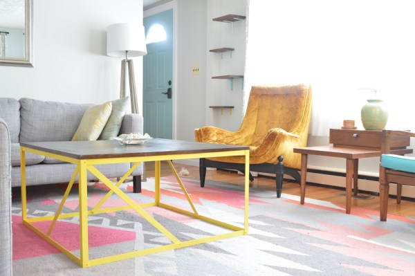 Modern metal coffee table DIY with no welding, Plaster and Disaster featured on Remodelaholic.com