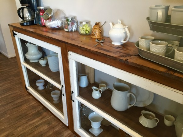 DIY tutorial to build a buffet or console table from old windows and reclaimed wood The Weekend Country Girl on @Remodelaholic (4)