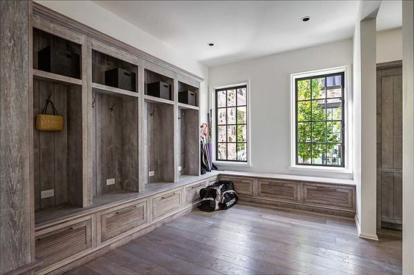 Large Farmhouse mudroom | 100+ Beautiful Mudrooms and Entryways at Remodelaholic.com