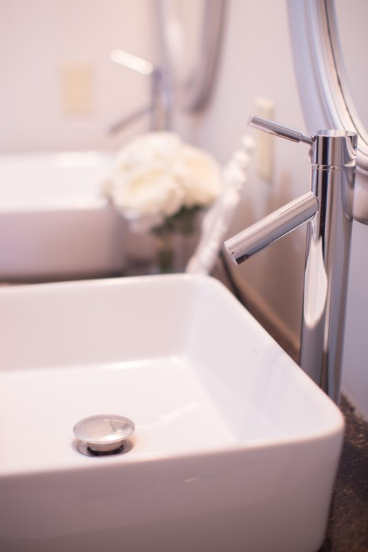 master bathroom renovation with DIY concrete countertops Construction2Style on @Remodelaholic (9)