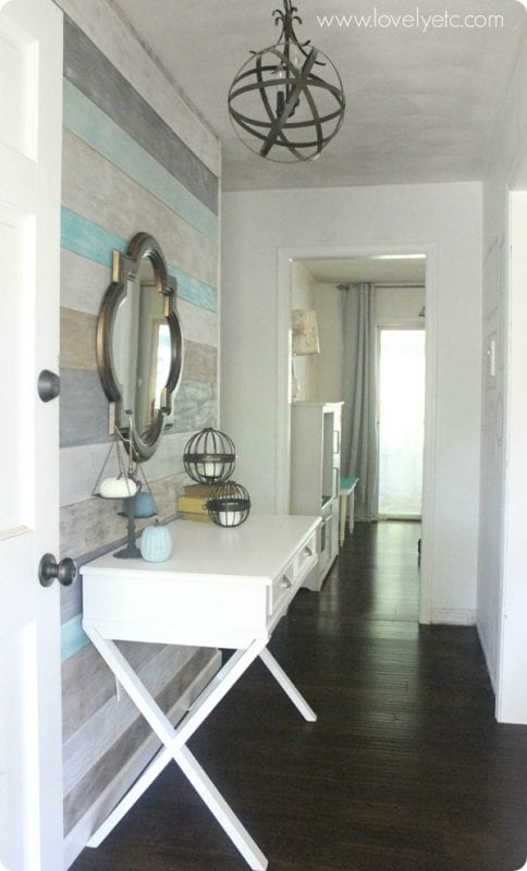 plank wall entry | 100+ Beautiful Mudrooms and Entryways at Remodelaholic.com