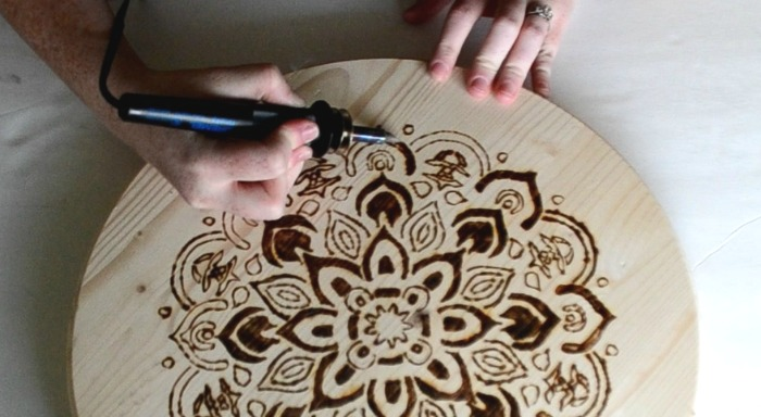 Delicieux Shading With Wood Burning Tool Mandala Stenciled Design