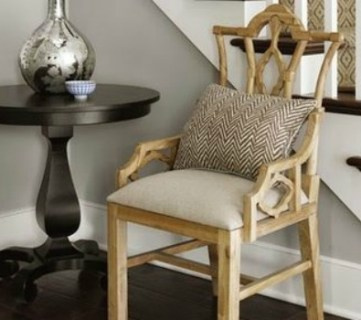 Choosing Paint Colors that Work with Wood Trim and Floors