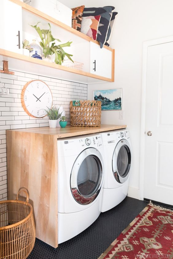 Beautiful laundry room inspiration | Found on vintagerevivals.com