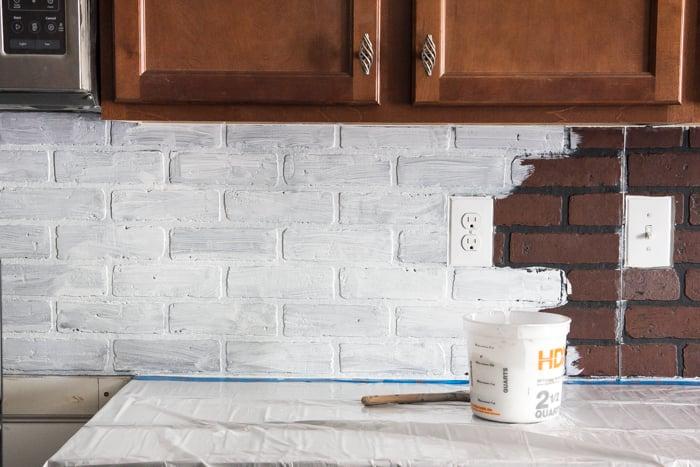 Remodelaholic Diy Whitewashed Faux Brick Backsplash