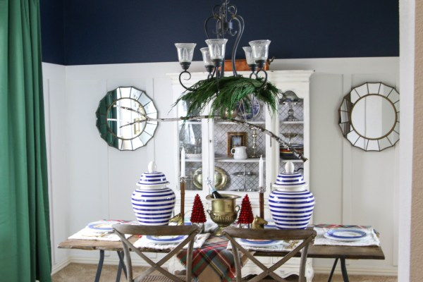 Tutorial for a wooden, sturdy, lightweight dining table top by Windgate Lane featured on @Remodelaholic