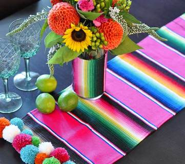 30 Amazing Table Runner Inspirations