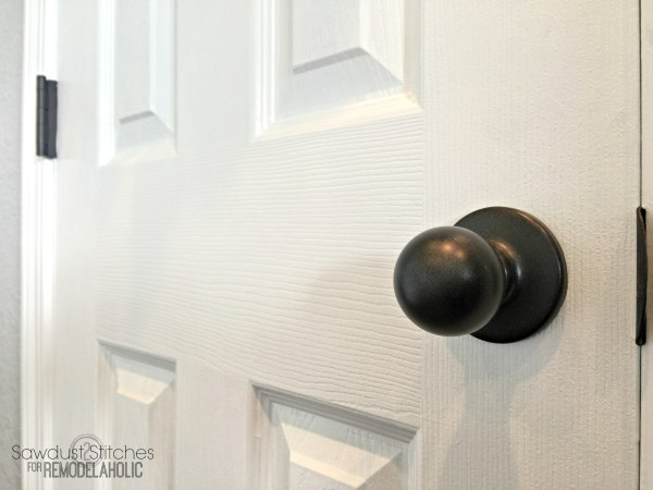 How to upgrade door knobs with spray paint -- the RIGHT way so you'll only have to do it ONCE!