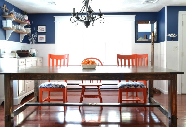 DIY farmhouse table by I am a Homemaker featured on @Remodelaholic