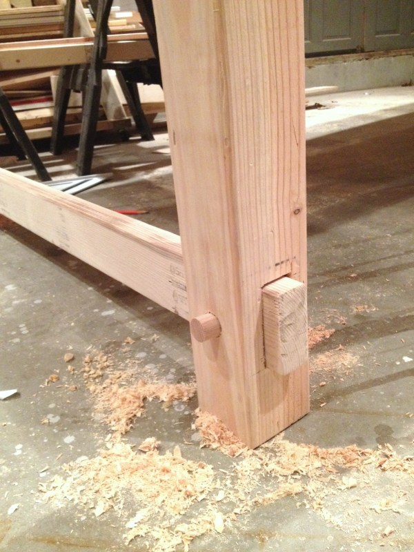Add interest to your DIY table with peg and hole construction by I am a Homemaker featured on @Remodelaholic