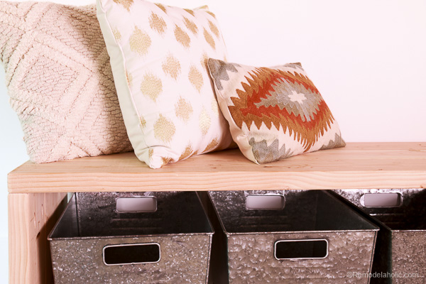 Creating a mudroom bench @remodelaholic (4 of 13)
