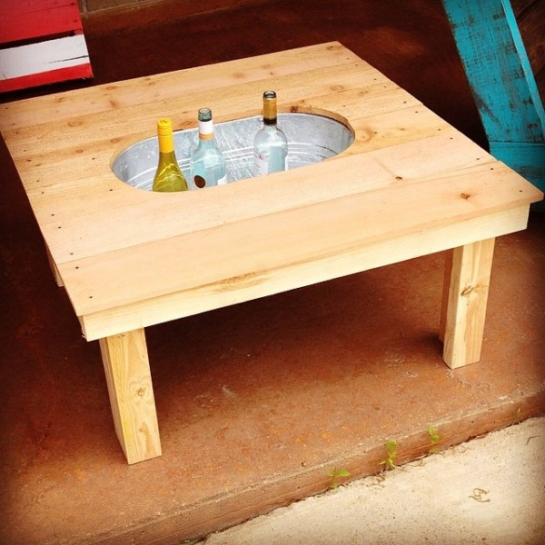 simple outdoor coffee table with drink cooler, by @rustic_customs