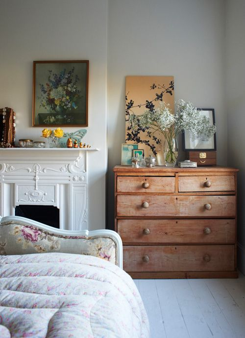 Awkward Alcove Solution: Add floating shelves | More ideas at Remodelaholic.com | Image Source: perfectlyimperfectblog.com