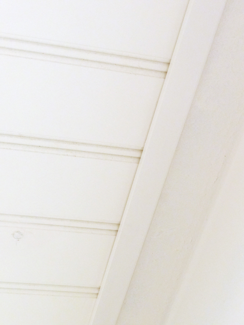 DIY Beadboard Ceiling Trim