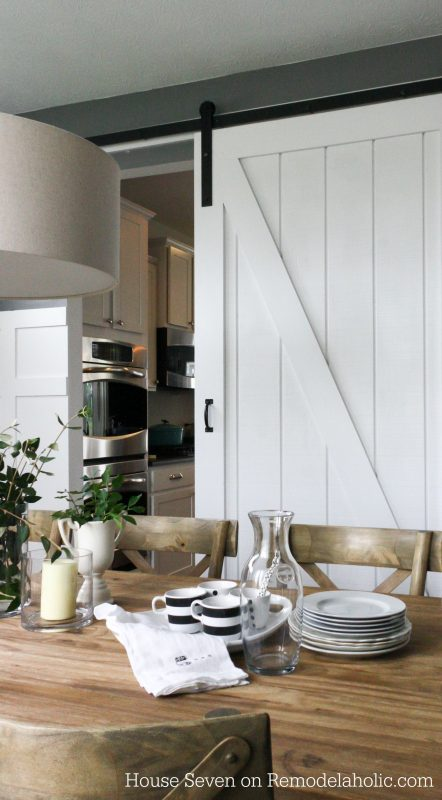 Fixer Upper DIY Sliding Barn Door_Remodelaholic
