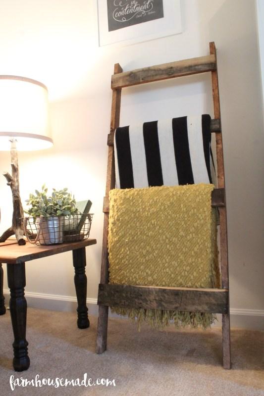 pallet-blanket-ladder-farmhousmade