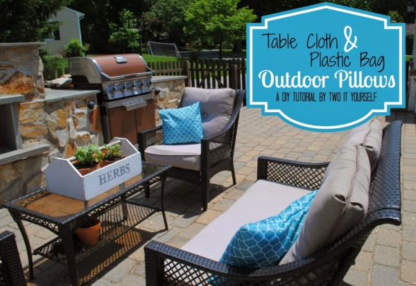 Outdoor Pillows For Patio Decor By Two It Yourself On Remodelaholic