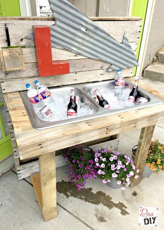 pallet-drink-station-diva-of-diy