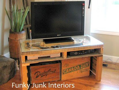 tv-stand-made-from-an-old-pallet-funky-junk-interiors